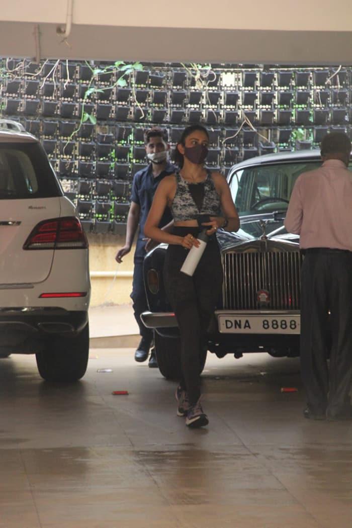 Rakul Preet Singh was pictured in Bandra.