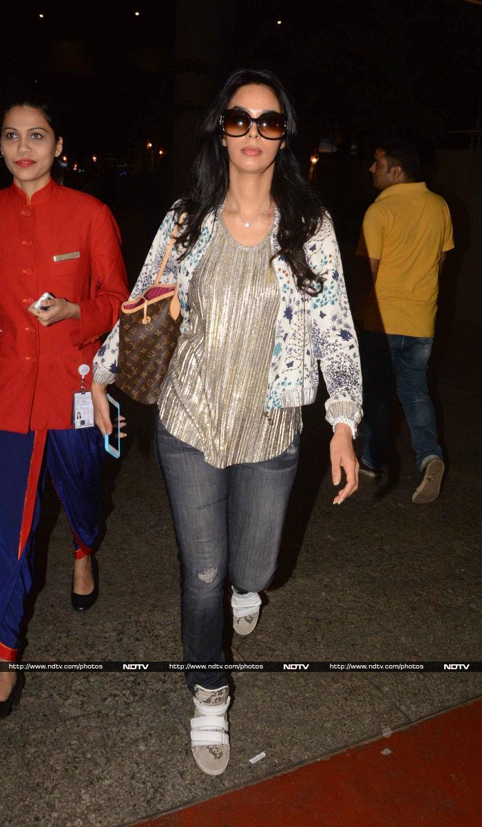 Mallika Sherawat\'s Shining Take-Off
