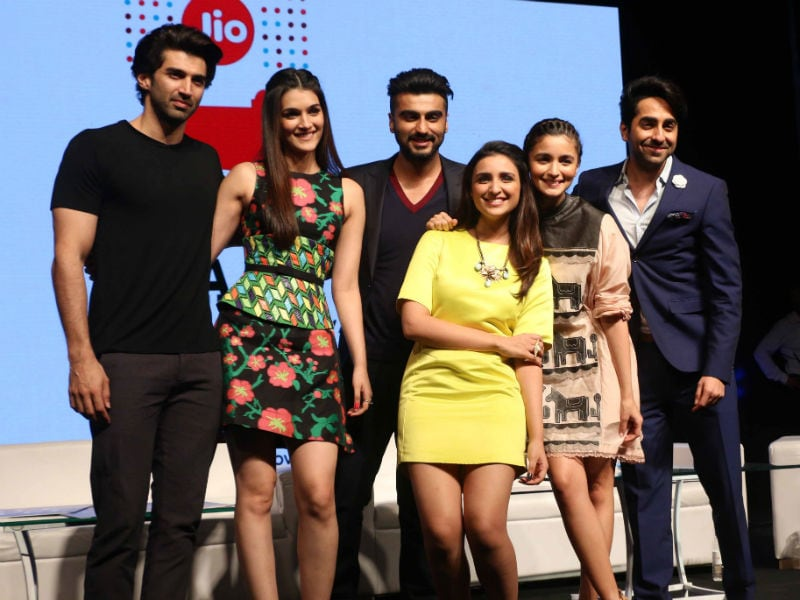 Photo : Gen Next Rules Second Day of MAMI Film Festival