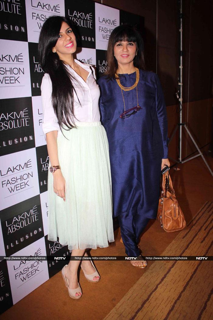 Fashion, books and a party: Mandira, Madhoo, Ayesha