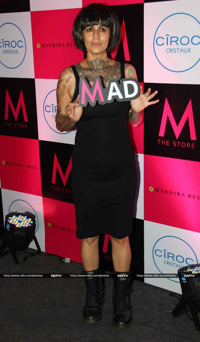 Shriya, Sonali, Sophie Cheer For Mandira on Her Big day