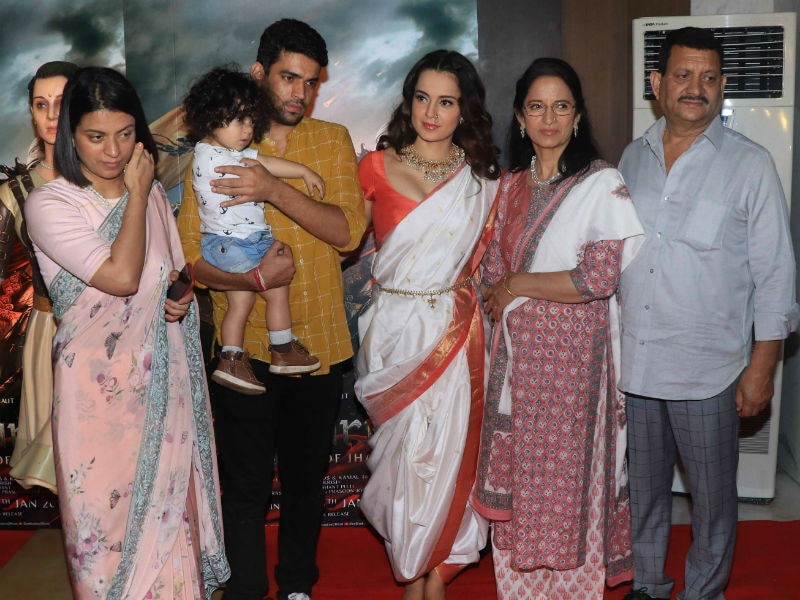 Kangana Ranaut Celebrates Manikarnika's Success With Family, Ankita Lokhande