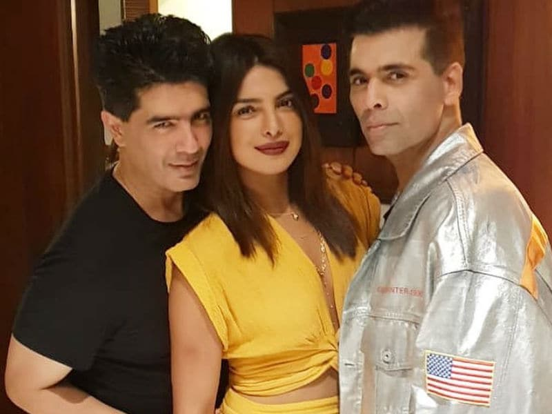 10 Inside Pics From Priyanka, Janhvi, Sara's Party Night