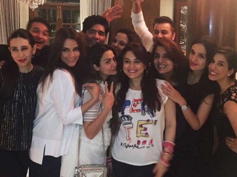 All About Last Night: Preity, Karisma Party With Manish Malhotra