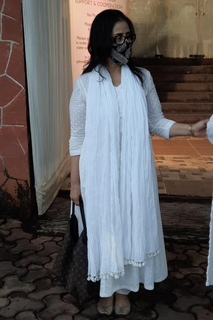 Manoj Bajpayee, Neha, Manisha Koirala At Pradeep Guha\'s Prayer Meet