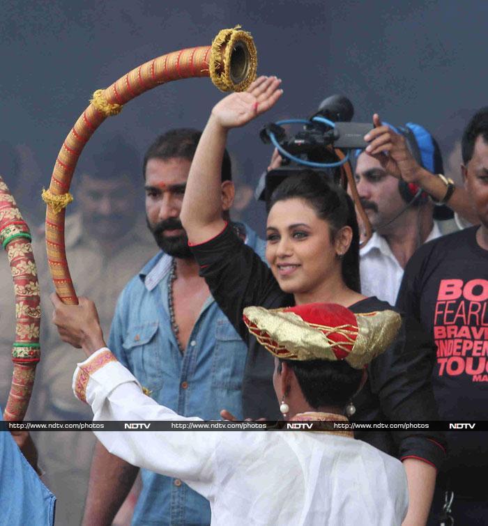 Rani\'s Mardaani: Plays Gopala at  Dahi Handi Festivities