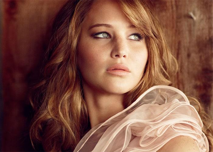 Top 20 stunners on Maxim\'s Hot 100 list
