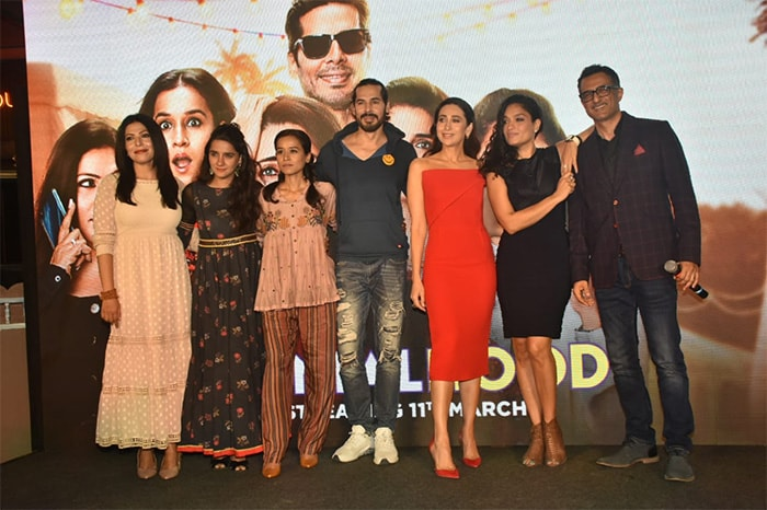 Photo : Karisma Kapoor and Others Attend The Trailer Launch of Mentalhood