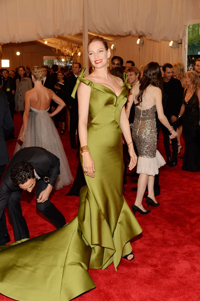 All-new blonde Anne leads Met Gala punk parade