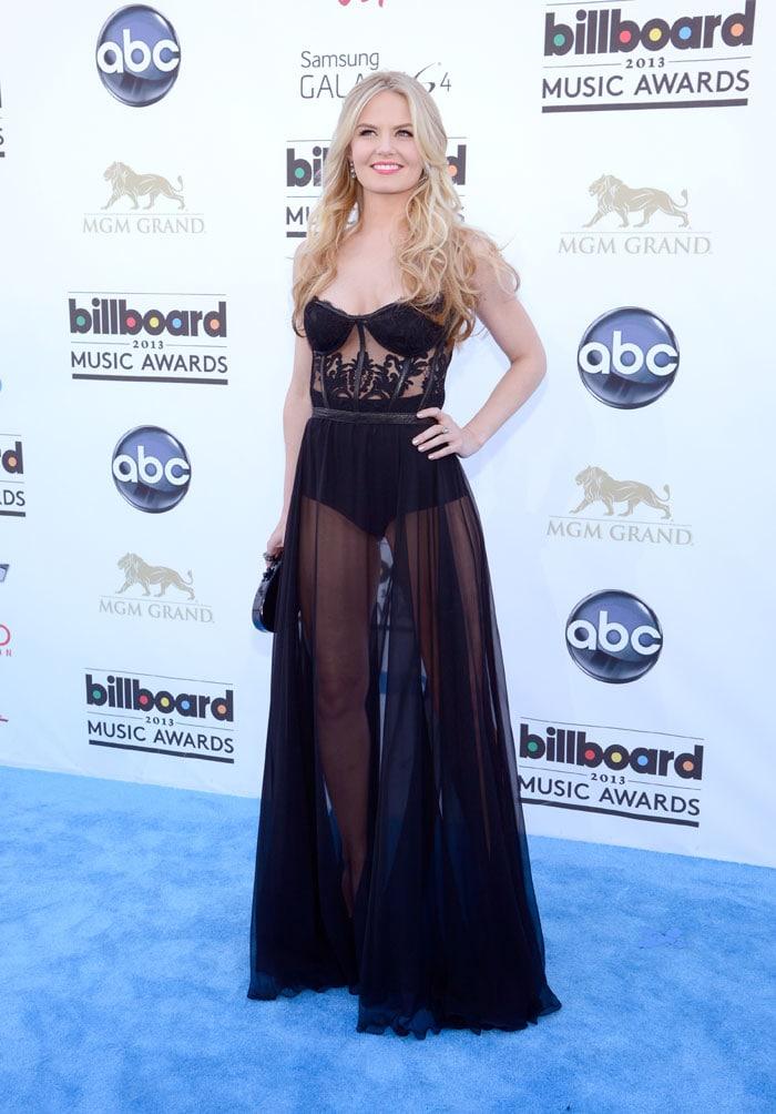 Madonna, JLo, Taylor glam up Billboard Awards