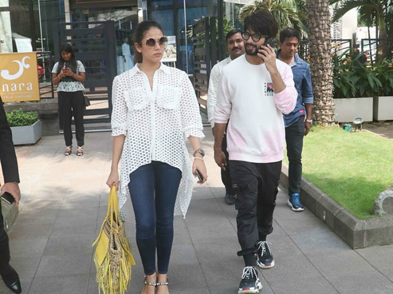 Shahid Kapoor And Mira Rajput, Twinning In White, Step Out In Style