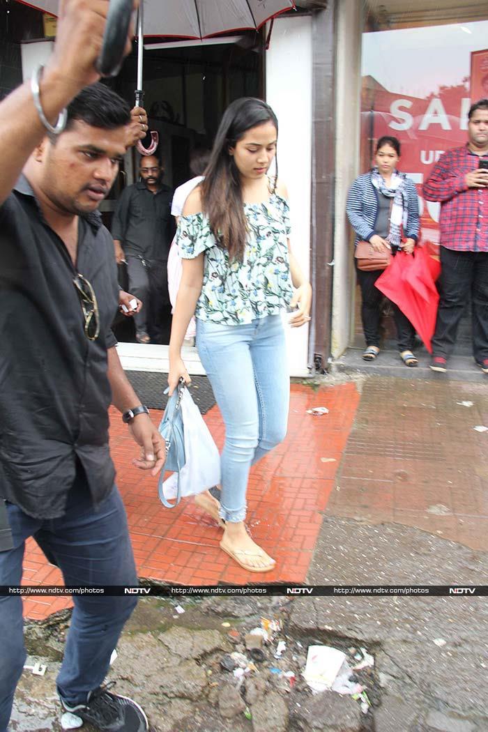 A Rainy Day In Mumbai With Mira Rajput, Ranbir Kapoor