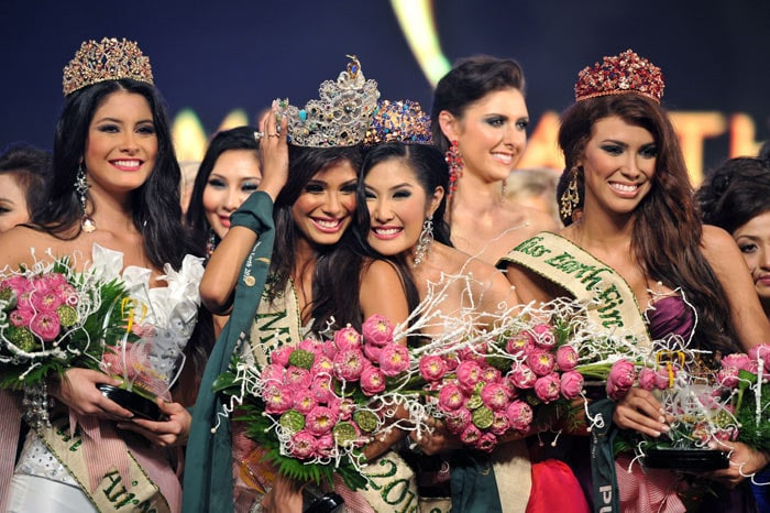 India\'s Nicole Faria crowned Miss Earth Talent 2010