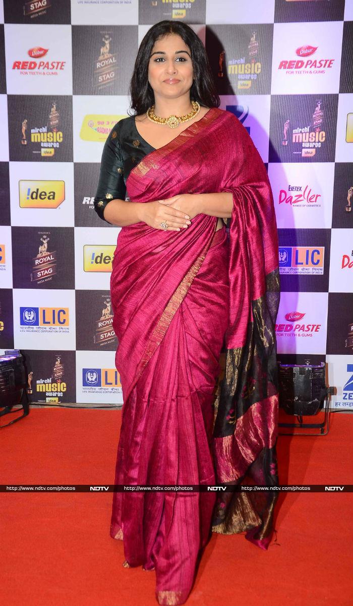 Aditi, Radhika, Dia Were Stars of Bollywood\'s Night of Fashion