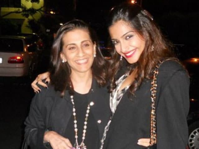 Sonam is Sunita Kapoor's Doting Daughter