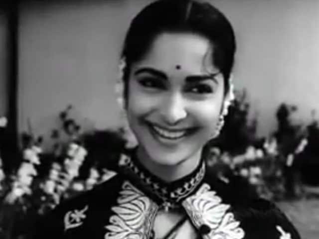 Waheeda Rehman: At 77, Guide's Rosie is Still the Epitome of Grace