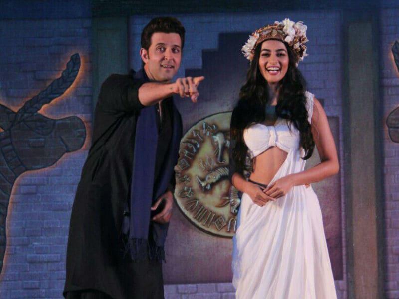 Photo : 'मोहन जोदड़ो' का प्रमोशन करते दिखे ऋतिक रोशन और पूजा हेगड़े....