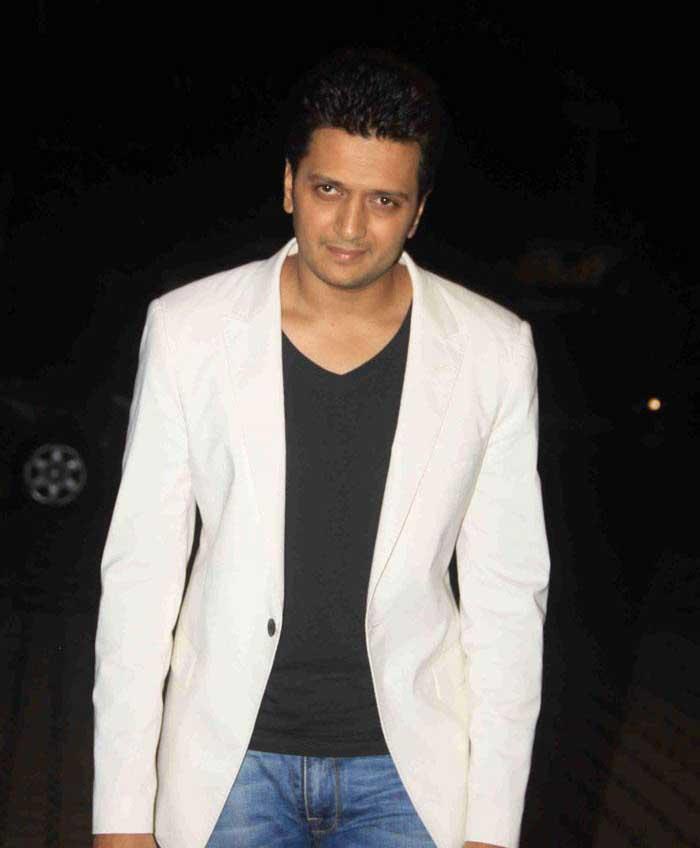 Mumbai Celebrities on Today\'s Rain Chaos