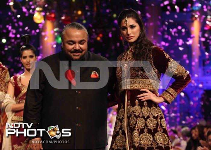 Bridal week finale: Nargis wows, Narmmadaa  bores