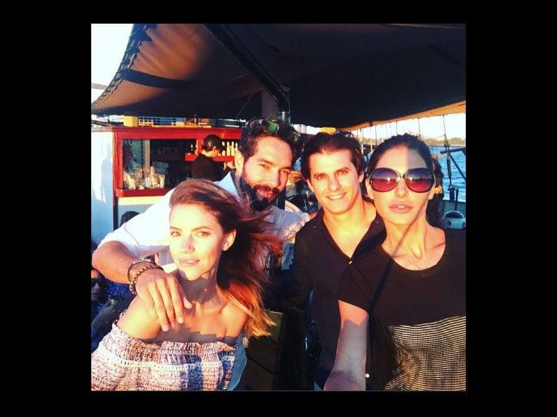 Photo : Inside Nargis Fakhri's Boat Party
