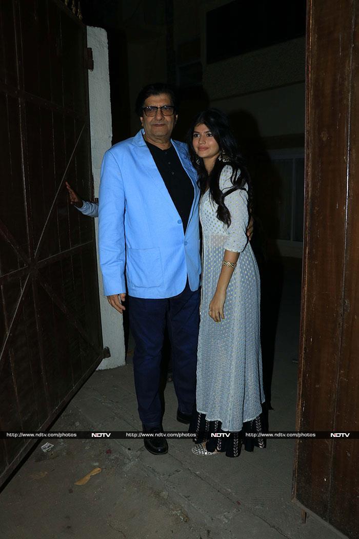 The Dhawans Celebrate Varun\'s Girlfriend Natasha Dalal\'s Dad\'s Birthday