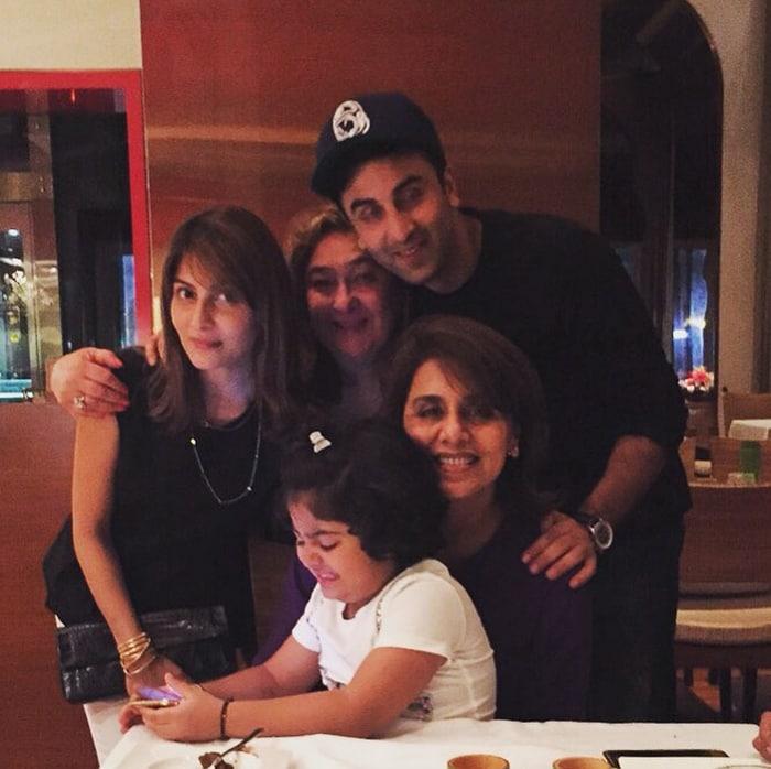 Neetu Singh Cuts Birthday Cake with Ranbir, Rishi and Little Samara