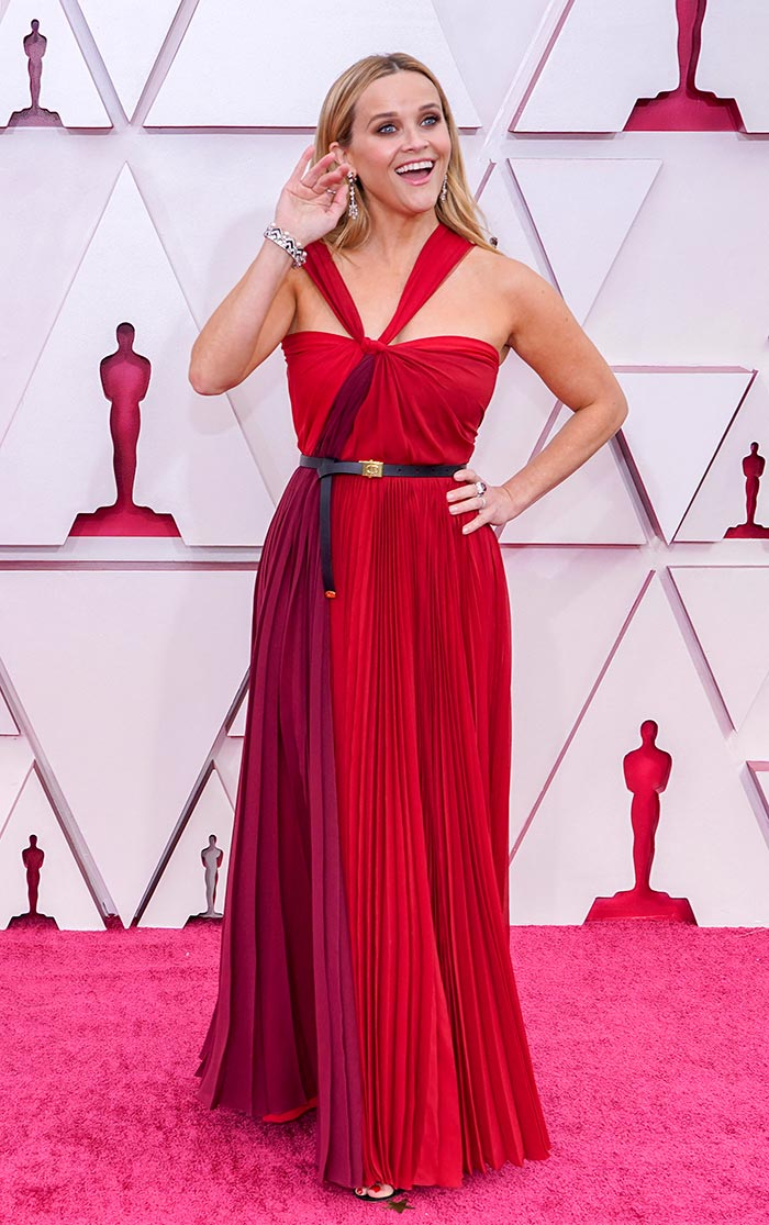 Oscars 2021: All The Cool Red Carpet Moments, From Zendaya To Halle Berry