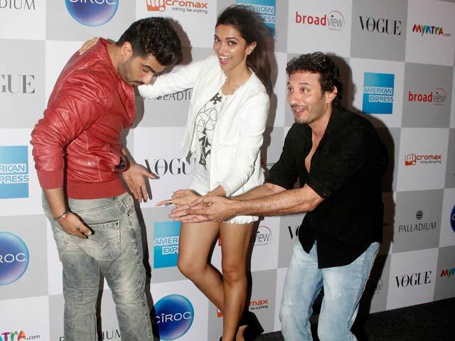 Deepika Makes Arjun 'Butt' of All Jokes