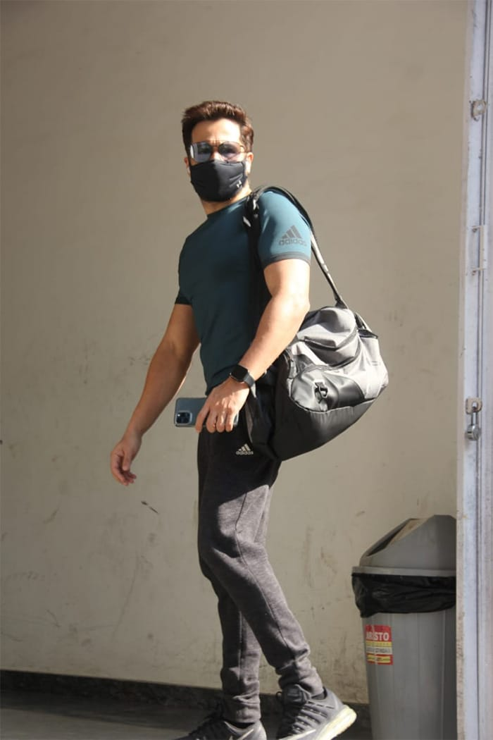The ever fit Emraan Hashmi was snapped at his gym.