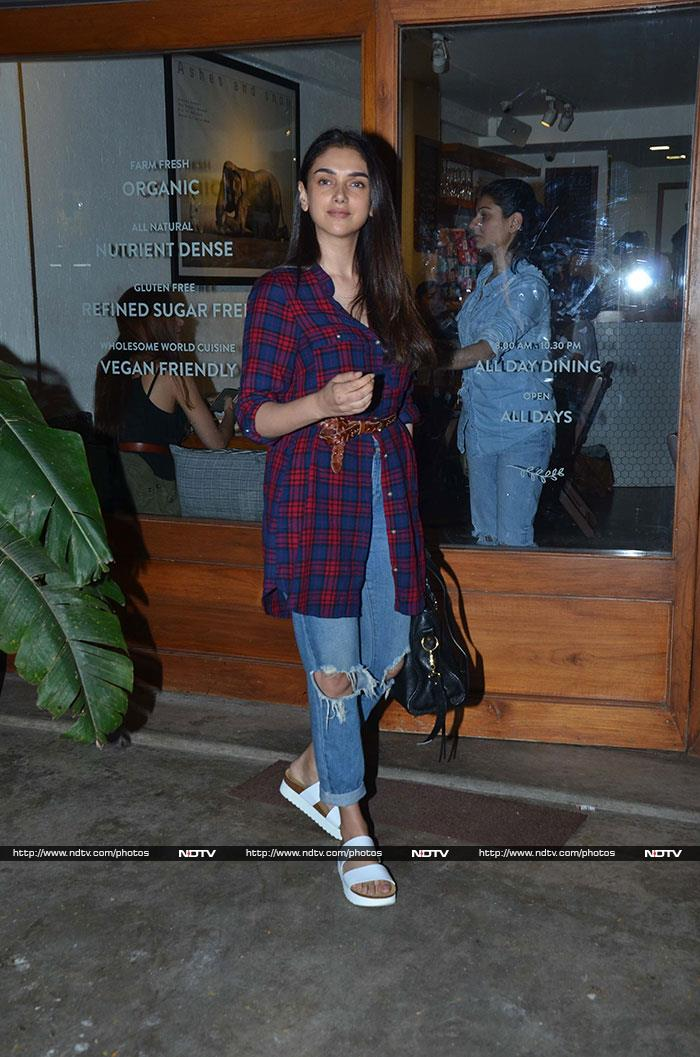 Catching Up With Alia Bhatt And Parineeti Chopra
