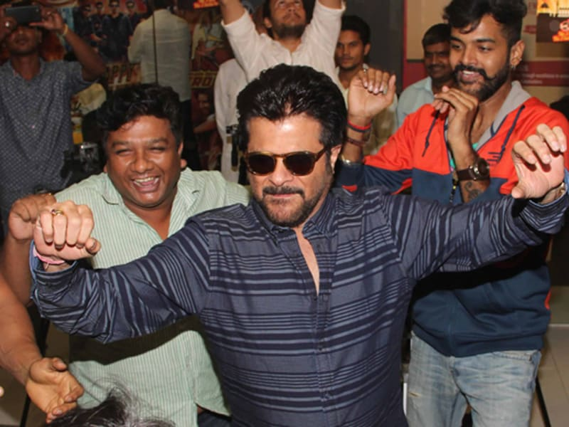Photo : One Two Ka Four: Anil Kapoor Does His Lakhan Routine