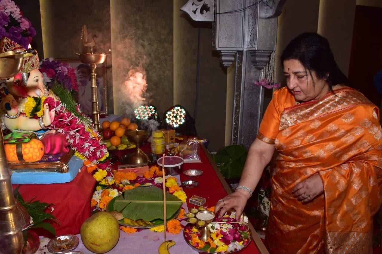 Pics From Urvashi, Tulsi\'s Ganesh Chaturthi Celebrations