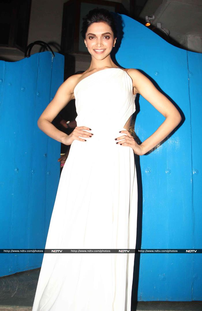 Inside Deepika Padukone\'s Piku Party