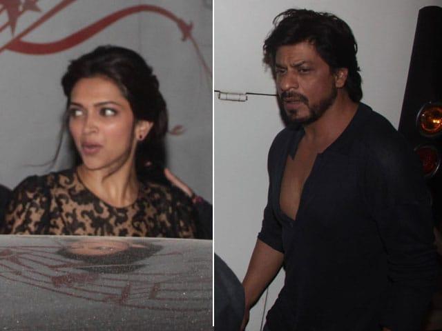 Photo : Deepika's smile makes up for SRK, the incredible grump