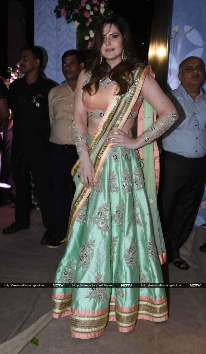 पूर्णा पटेल की रिसेप्शन पार्टी में कैटरीना, शाहरुख, धोनी समेत नजर आए कई सितारे