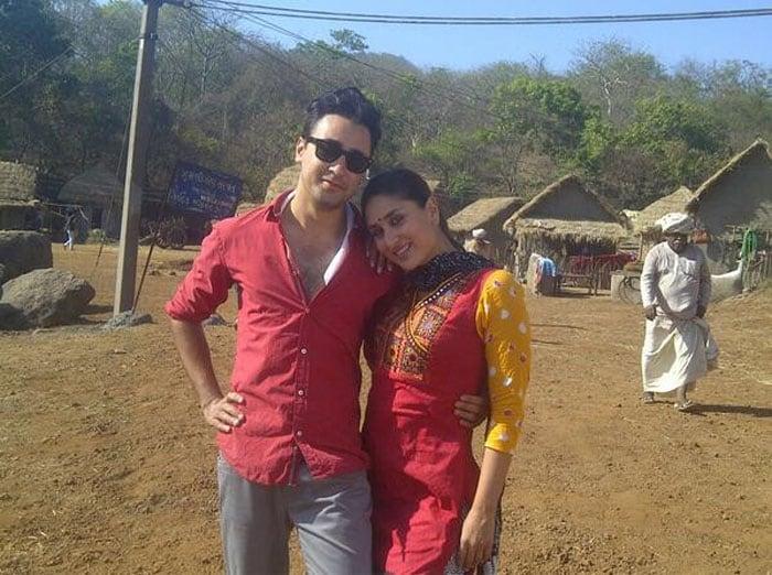 Gaon ki gori Kareena and her shehri babu
