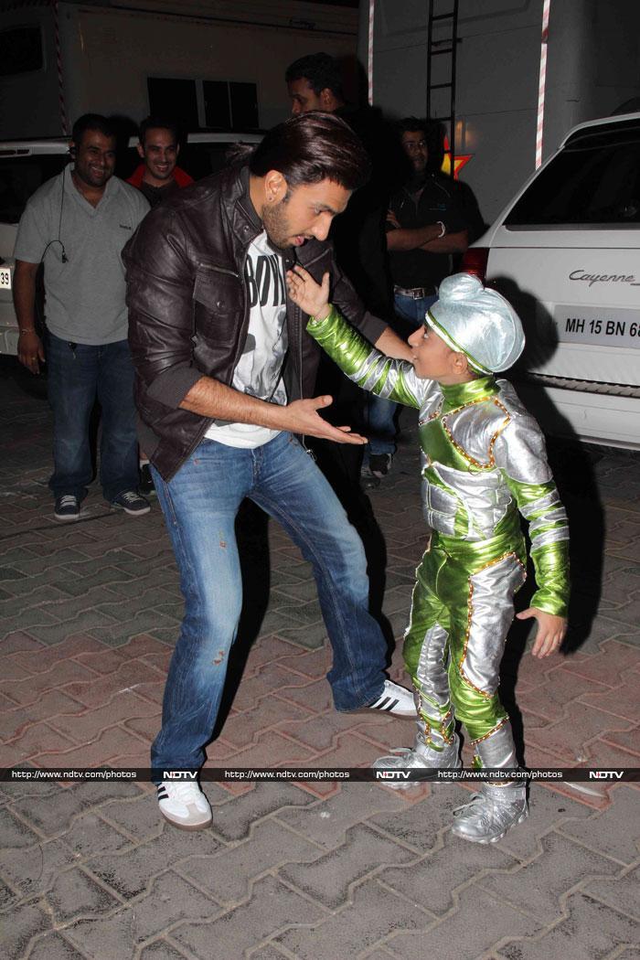 Funny Photo of Ranveer Singh | Veethi