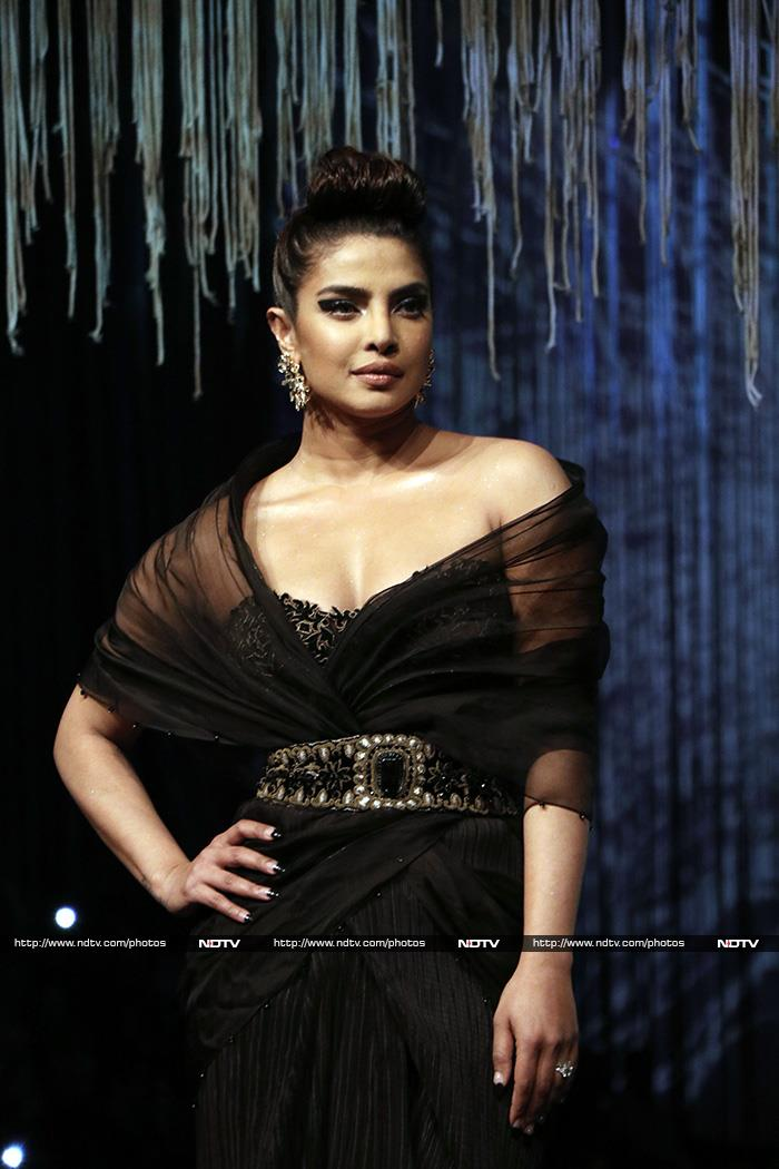 Priyanka Chopra\'s Walk Of Pride: How She Ruled The Runway In Black