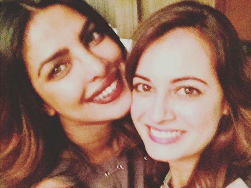 Priyanka Chopra, Dia Mirza And A Miss India Reunion