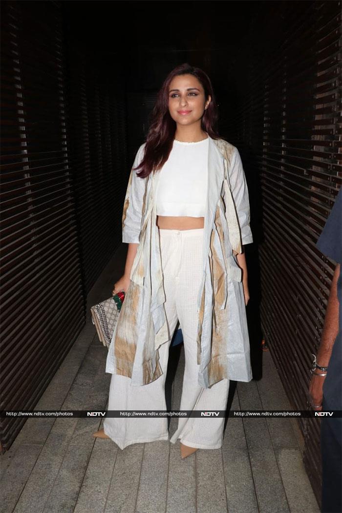 प्रियंका चोपड़ा और निक जोनास की पार्टी में आलिया भट्ट के अलावा पहुंचे ये सितारे