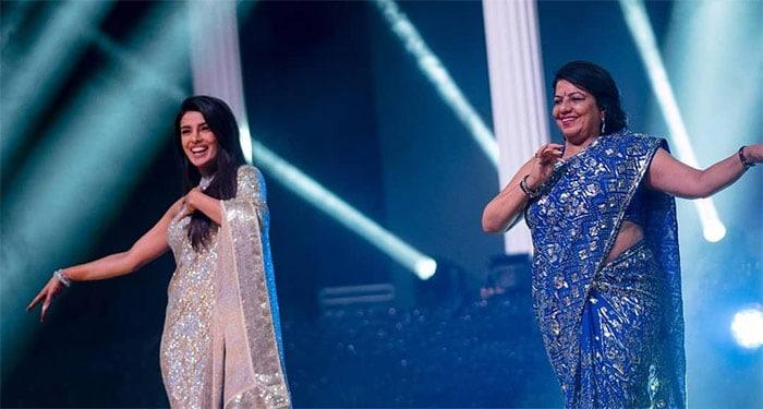 संगीत सेरेमनी में फुल ऑन मस्ती में नजर आईं प्रियंका चोपड़ा