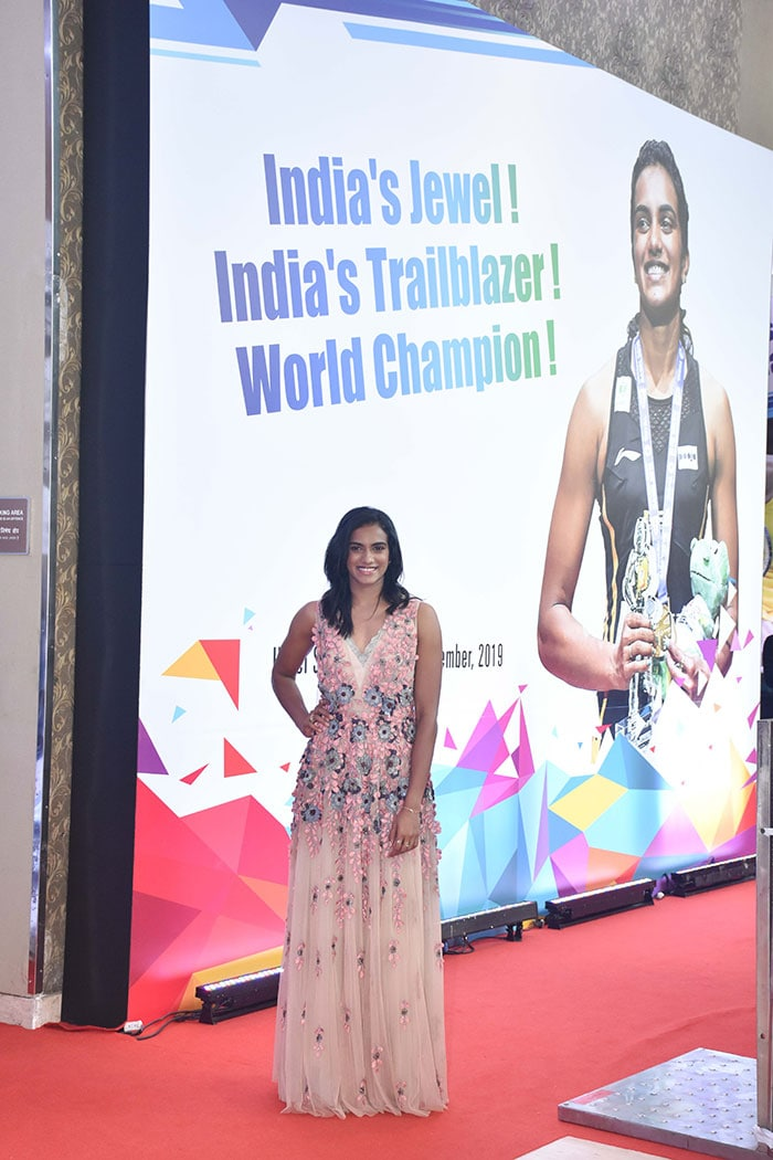 The Bachchans, Raveena Tandon And Others Cheer For PV Sindhu