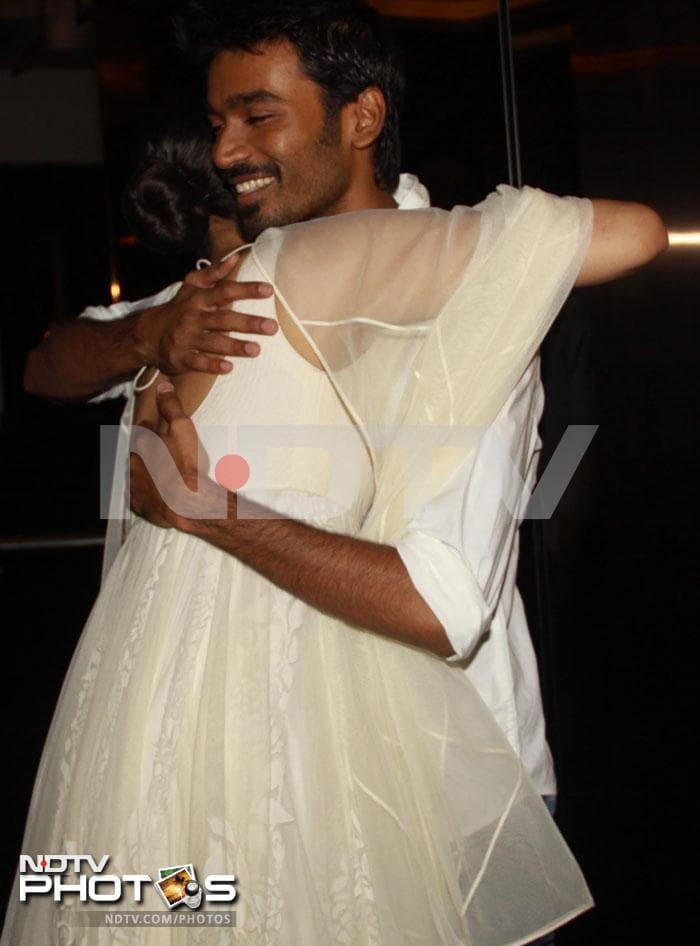 Sonam parties with her Raanjhanaas
