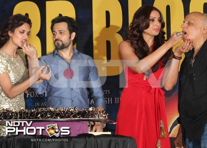 Bipasha, Esha and the Raaz of a great party