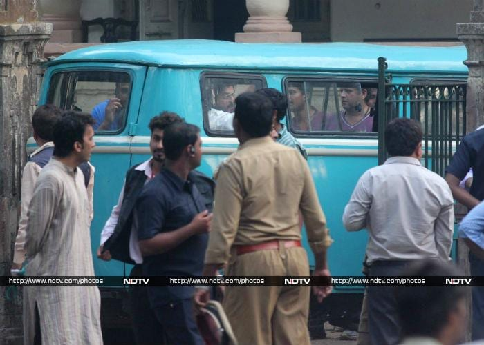 This is the Dhanda: Shah Rukh, Mahira Film Raees in Mumbai