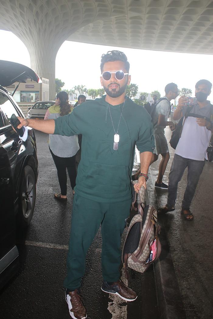Rahul Vaidya And Disha Parmar Flew To Maldives For His 34th Birthday