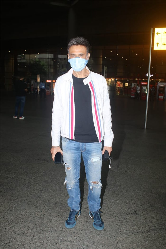 Actor Rahul Dev was on Thursday spotted at the Mumbai airport.