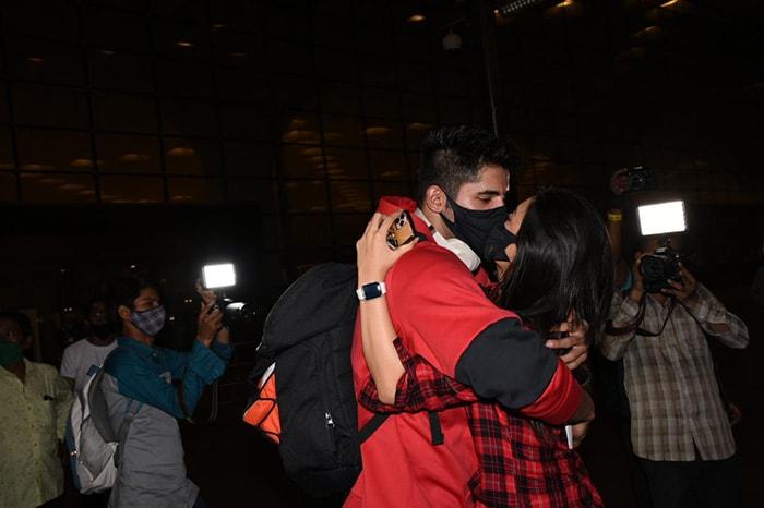 Khatron Ke Khiladi 11: Rahul Vaidya, Nikki Tamboli And Other Contestants Leave For Cape Town