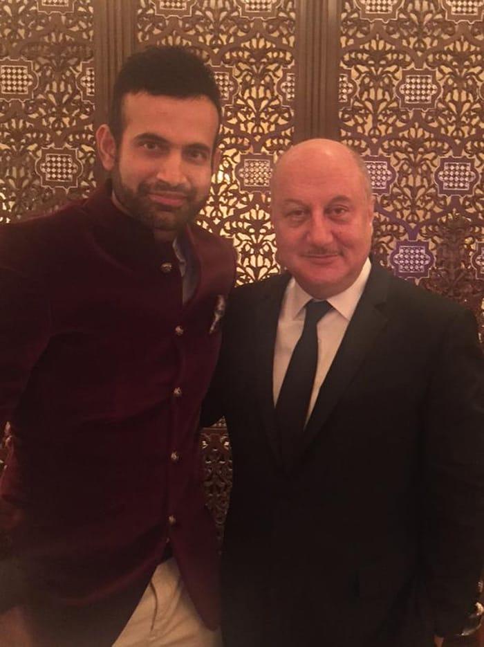 Inside Suresh Raina\'s Wedding: Dhoni & Sakshi on VIP Guest List