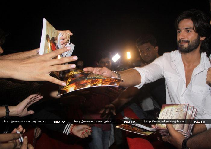 R…Rajkumar's date night with his fans